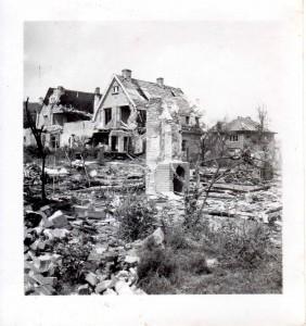 Vernielde huizen in Oosterbeek