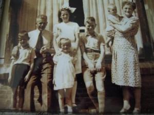 Foto familie Hans Bongers in oorlog