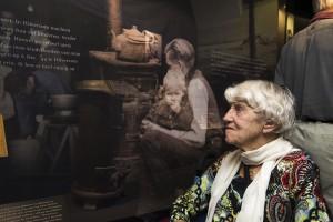 Mw. Lily van Vessem-Obbink opening expositie Van Huis en Haard 2014