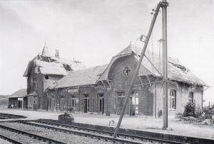 Beschadigde station Oosterbeek Laag na bevrijding
